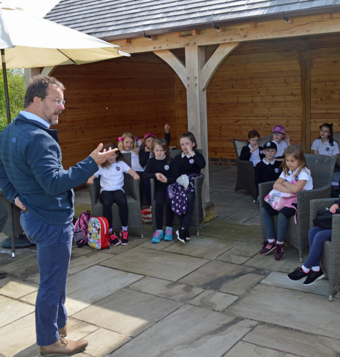 School makes Wales Tourism Week visit to picturesque holiday home park